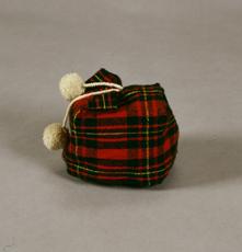 Child's homespun cap made at the Takikawa Animal Research Center during the Showa era